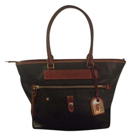 Preload https://item2.tradesy.com/images/dooney-and-bourke-not-sure-navy-leather-tote-21574756-0-1.jpg?width=440&height=440