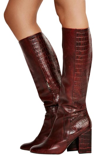 Preload https://item4.tradesy.com/images/free-people-red-high-ground-knee-high-croco-embossed-leather-bootsbooties-size-us-8-regular-m-b-21575048-0-10.jpg?width=440&height=440