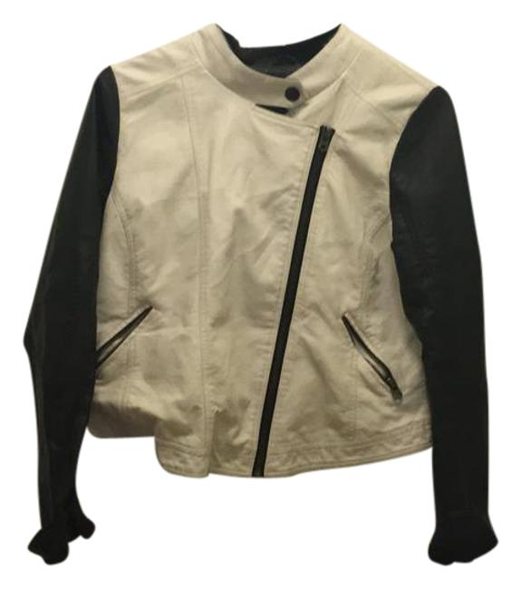 Preload https://img-static.tradesy.com/item/21575080/forever-21-black-and-white-soft-faux-two-toned-moto-leather-jacket-size-22-plus-2x-0-1-650-650.jpg