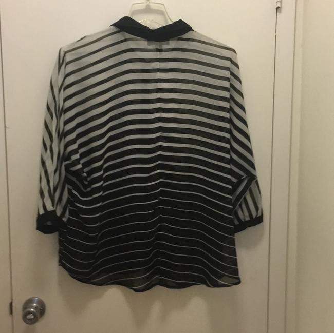 Forever 21 Button Down Shirt black and white
