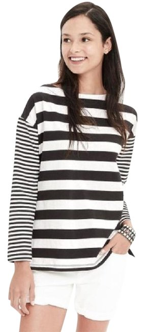 Preload https://item2.tradesy.com/images/banana-republic-black-and-white-nwot-mixed-stripe-tunic-size-6-s-21575356-0-1.jpg?width=400&height=650