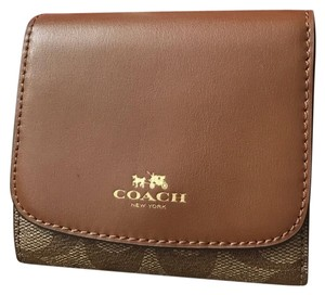 Coach coach wallet with gift box