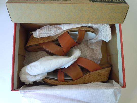 Cobb Hill Comfortable brown Mules