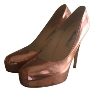 Brian Atwood Patent Leather rose gold Pumps