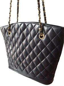 4014232dfe0ab Chanel Shoulder Small Evening Vintage Tote in Navy Blue