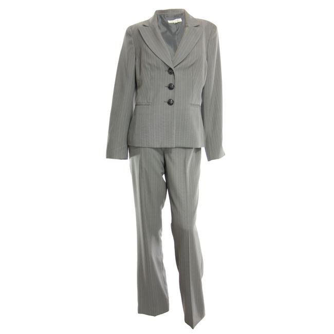 Preload https://item3.tradesy.com/images/evan-picone-gray-pinstriped-long-sleeve-blazer-and-set-pant-suit-size-6-s-21575777-0-0.jpg?width=400&height=650