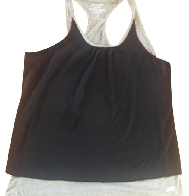 Preload https://item1.tradesy.com/images/black-and-gray-none-tank-topcami-size-8-m-21575870-0-1.jpg?width=400&height=650