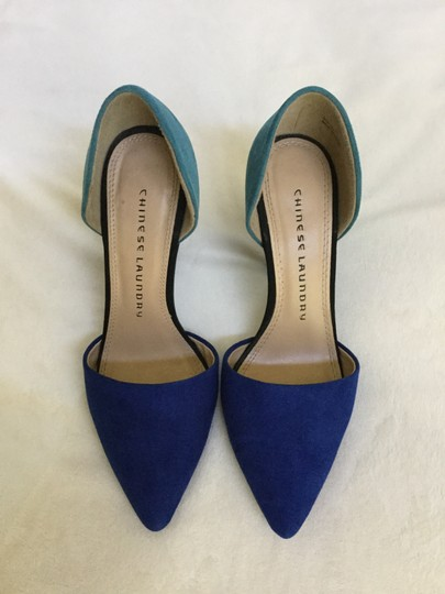 Preload https://item2.tradesy.com/images/chinese-laundry-cobalt-turquoise-black-colorblock-pumps-size-us-65-regular-m-b-21575881-0-3.jpg?width=440&height=440