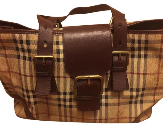 Preload https://item5.tradesy.com/images/burberry-haymarket-large-leather-tote-21576174-0-1.jpg?width=440&height=440