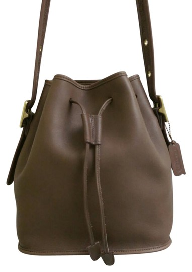 Preload https://item5.tradesy.com/images/coach-lula-s-legacy-drawing-bucket-taupe-leather-cross-body-bag-21576554-0-1.jpg?width=440&height=440