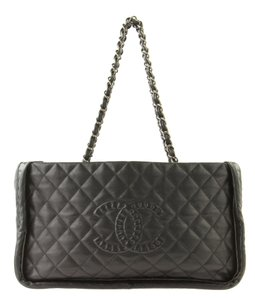 Chanel Istanbul Leather Tote in Black