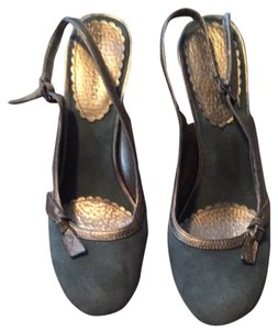 Enzo Angiolini Green Suede/ Gold Trim Mules