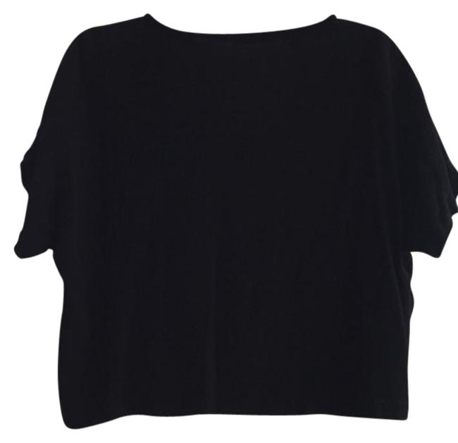 Preload https://item2.tradesy.com/images/black-cropped-boxy-tee-shirt-size-4-s-21577071-0-1.jpg?width=400&height=650