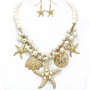 Trues Seaworld Sealife Charm Starfish Seashell Sand Dollar Gold Tone Pearl Necklace And Earring