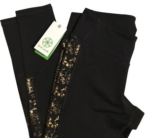 Gaiam New With TagNWT Gaiam Yoga OM Charisma Leggings Size Medium