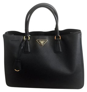 Prada Saffiano Tote in black and gold