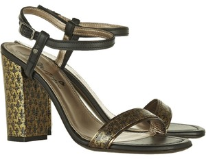Lanvin Brocade Ankle Strap Chunky Runway Heels Gold Black Pumps