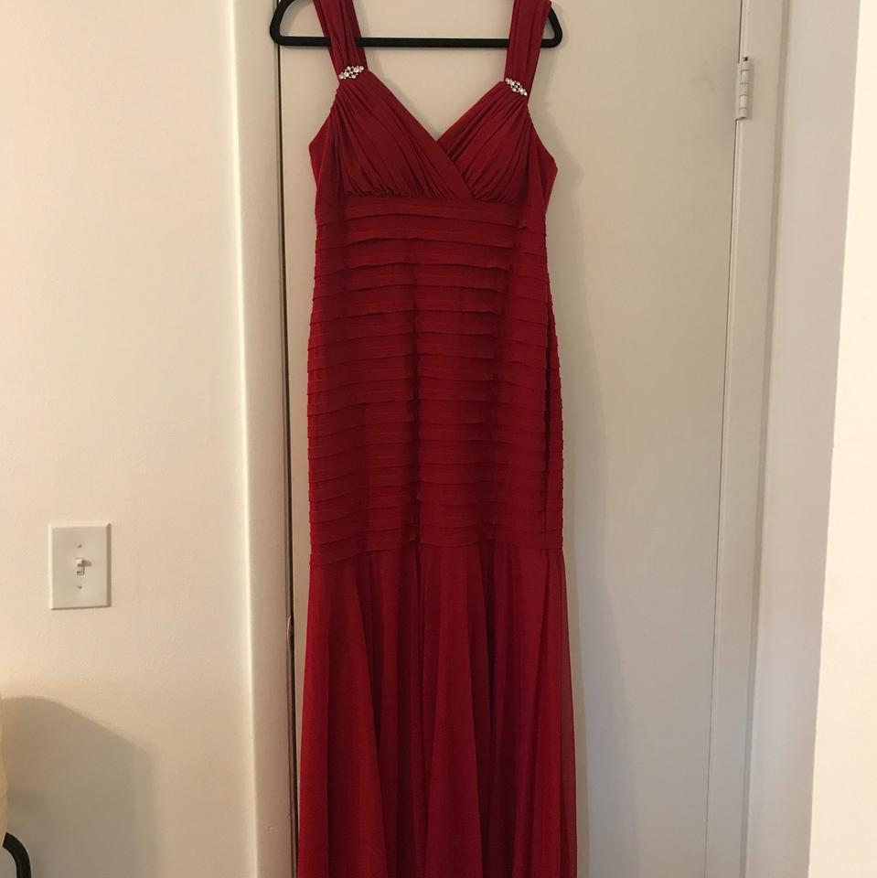 R & M Richards Red Chiffon and Polyester Old Hollywood Glamour Retro ...
