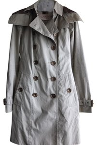 Burberry Brit Classic Metallic Hardware Versatile Trench Coat
