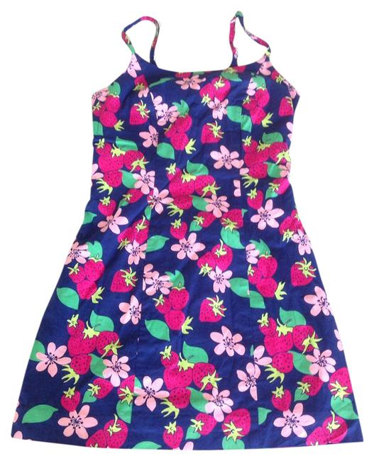 Preload https://item1.tradesy.com/images/lilly-pulitzer-navy-pink-sheath-in-strawberry-print-short-casual-dress-size-0-xs-21581405-0-1.jpg?width=400&height=650
