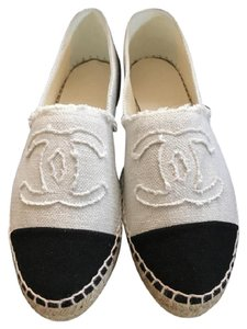 Chanel Canvas Canvas Espadrilles Canvas Linen Size 40 beige/Black Flats