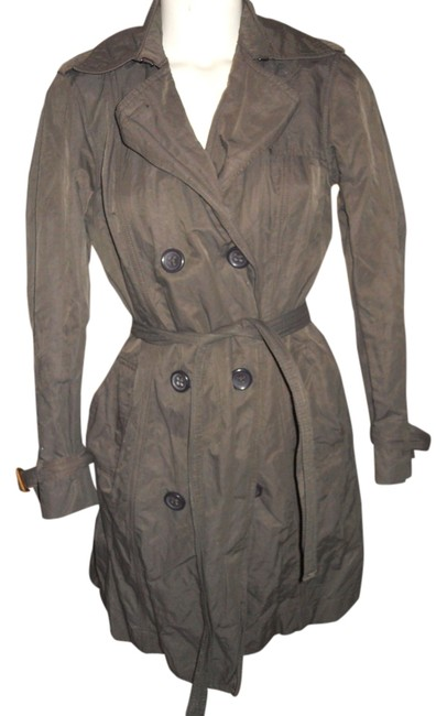 Preload https://item4.tradesy.com/images/gap-dark-brown-crinkle-belted-trench-coat-size-2-xs-2158158-0-0.jpg?width=400&height=650