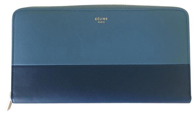 Item - Blue Solo Large Zipped Multifunction Wallet