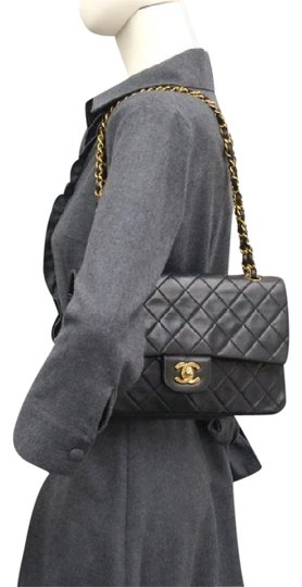 Preload https://img-static.tradesy.com/item/2158288/chanel-classic-double-flaps-medium-black-lamb-skin-shoulder-bag-0-1-540-540.jpg