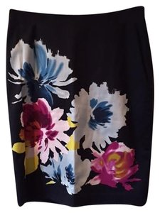 The Limited Skirt Black Floral
