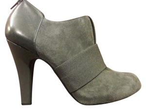 Gianni Bini Ankle High Heels Suede Gray Boots