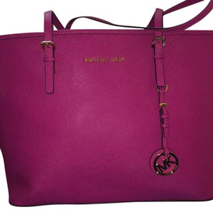 Michael Kors Tote in Raspberry