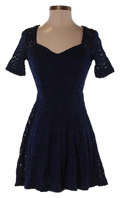 Preload https://img-static.tradesy.com/item/21588594/pins-and-needles-midnight-blue-short-casual-dress-size-0-xs-0-3-650-650.jpg