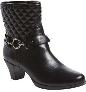 Munro American Leather Quilted Black Boots