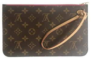 Louis Vuitton Wristlet - item med img
