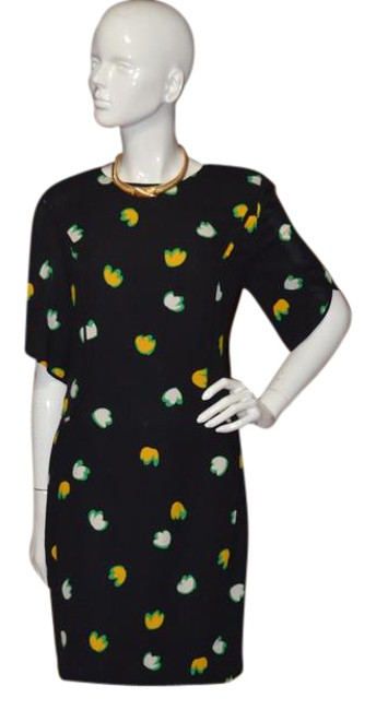 Preload https://img-static.tradesy.com/item/21589894/louis-feraud-black-flower-petal-print-short-workoffice-dress-size-8-m-0-1-650-650.jpg