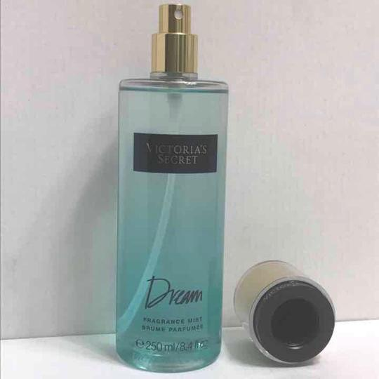 Victoria's Secret Dream Fragrance Mist