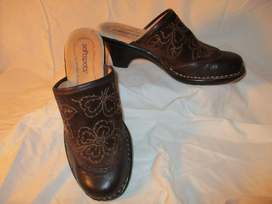 Softspots Leather Suede Floral Embroidered brown Mules