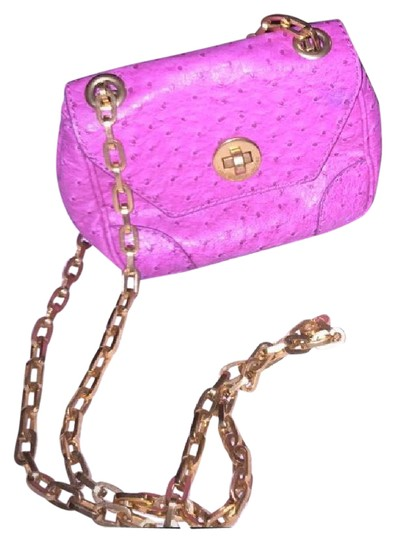 Preload https://img-static.tradesy.com/item/21591363/marc-by-marc-jacobs-quilted-with-chain-strap-magenta-leather-cross-body-bag-0-2-540-540.jpg