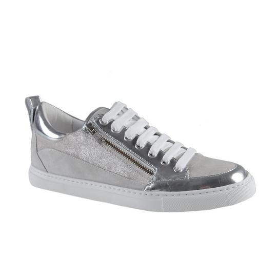 Preload https://img-static.tradesy.com/item/21591406/dsquared-silver-sparkle-suede-leather-fashion-sneakers-sneakers-size-us-95-regular-m-b-0-0-540-540.jpg
