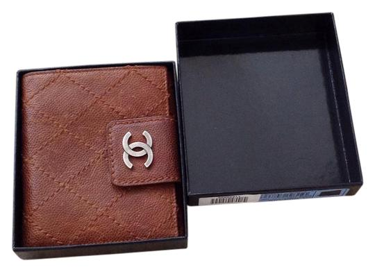 Preload https://img-static.tradesy.com/item/21591601/chanel-wallet-brown-leather-wristlet-0-1-540-540.jpg