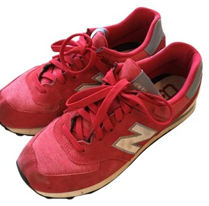 32d1270c30b3 New Balance Red and White Athletic