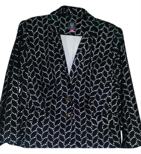 Preload https://img-static.tradesy.com/item/21591883/vince-camuto-black-and-white-summer-blazer-shorts-suit-size-14-l-0-2-650-650.jpg