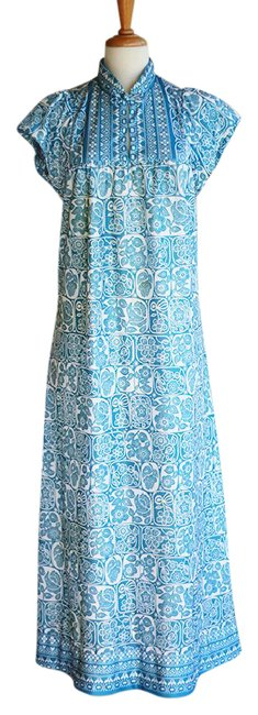 Preload https://img-static.tradesy.com/item/21596232/blue-60s-floral-cheongsam-long-casual-maxi-dress-size-14-l-0-1-650-650.jpg