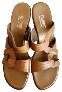Munro American Valerie Platform Walking Tan Wedges