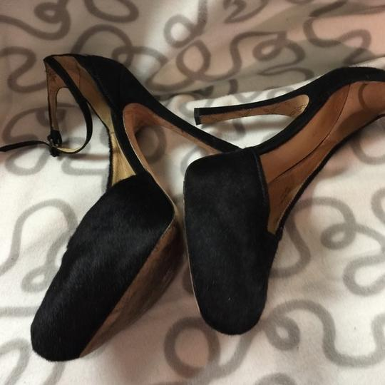 L.A.M.B. Like New Pounce Pony Hair Ankle Strap 10 Pumps Image 5