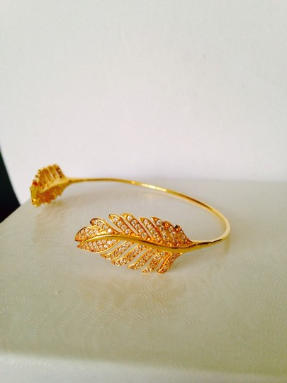 Tai 14kt Yellow Gold-Plated & Crystal Feather Pinch Bracelet Image 1