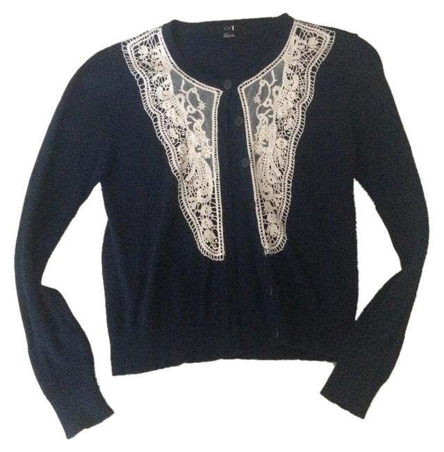 Preload https://item3.tradesy.com/images/forever-21-navywhite-vintage-cardigan-size-4-s-2160202-0-0.jpg?width=400&height=650