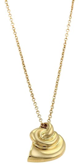Preload https://img-static.tradesy.com/item/21603224/tiffany-and-co-yellow-gold-peretti-shell-horn-pendant-necklace-0-1-540-540.jpg
