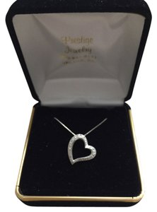 Prestige jewelry Diamond heart necklace