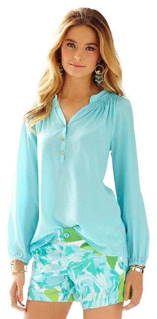 Preload https://img-static.tradesy.com/item/21606655/lilly-pulitzer-shorely-blue-new-elsa-xs-blouse-size-2-xs-0-1-650-650.jpg